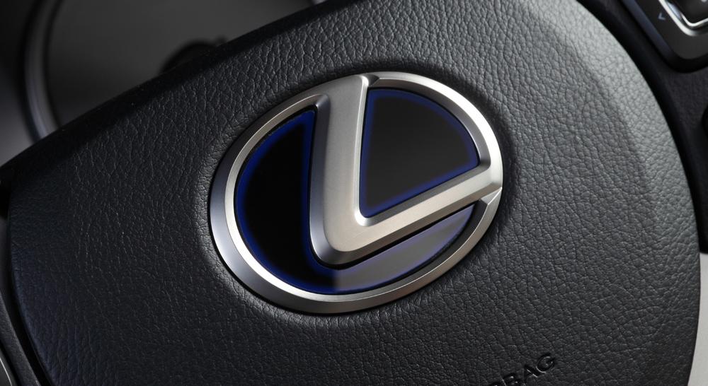 http://www.lx-mode.jp/lineup/NX_SteeringEm.jpg