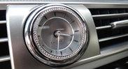 LS(spin)_LineStone_clock.jpg